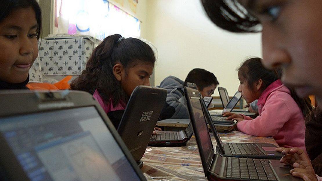 Ámbito financiero: Un docente que aprende es un docente que inspira.  #Educación  Por: Sabrina Pardo    https://t.co/BLEhHq8PBq https://t.co/rhuTm3CJKE