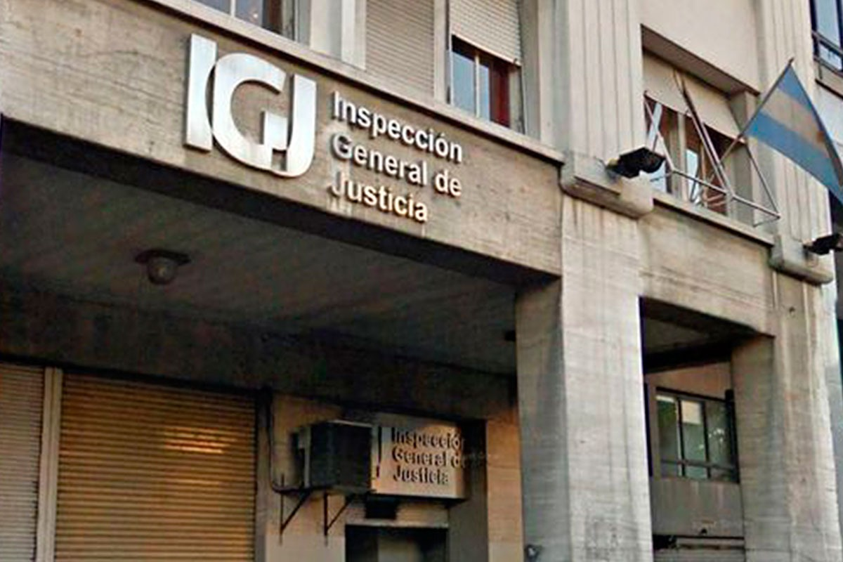 CPCE CABA @ConsejoCABA: La IGJ prorrogó todos los plazos   ✔El organismo suspendió los plazos para la contestación de todas las vistas y traslados, así como los de la presentación del cumplimiento del régimen informativo.  La resolución completa en https://t.co/wpfqQQswhw https://t.co/EZn5UwYYI5