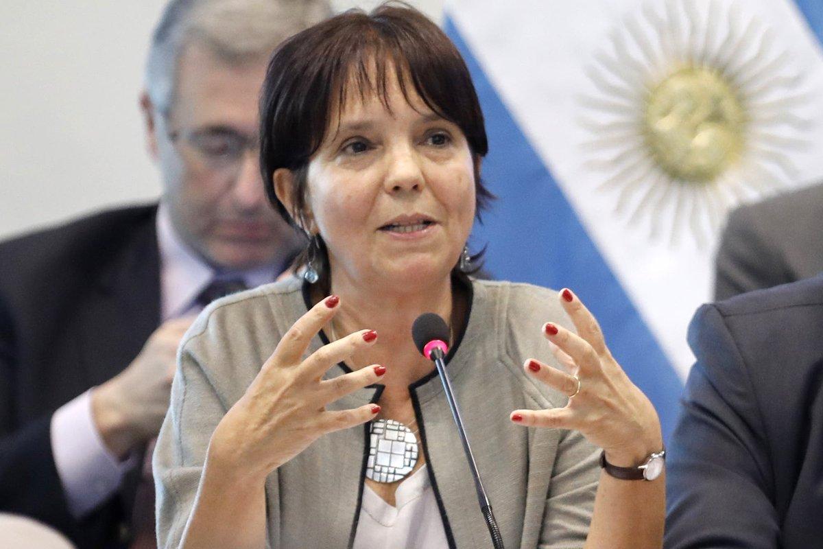 """El Economista @El_Econ: Mercedes Marcó del Pont reconoció que el """"aporte solidario"""" alcanzará a más personas  https://t.co/Y51mr4zHfp https://t.co/ekbLtDp8dN"""