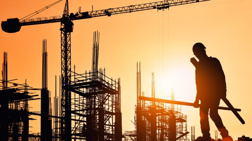 El Economista @El_Econ: Construcción: el #empleo formal viene rezagado  https://t.co/RAsdxAwyeE https://t.co/IXiCFJP1mc