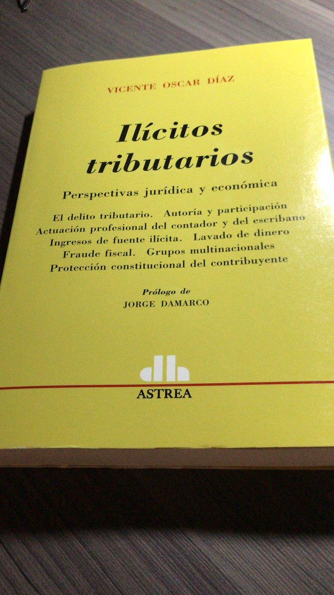 Dr. Sergio Carbone @ContadorCarbone: En mi escritorio… proyecto de este mes. Lectura obligatoria https://t.co/LFpXe6mhGl