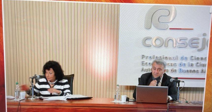 Teresa Gomez @te_gomez: Ciclo de Actualidad Tributaria CPCE CABA @ConsejoCABA. COORDINADOR Gustavo Diez. https://t.co/IrpF7NRE0q